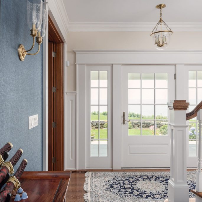 Entryway white trim